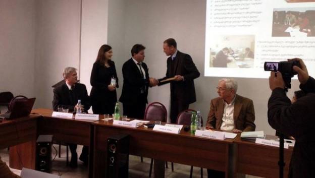 Zawarcie porozumienia IQS Med